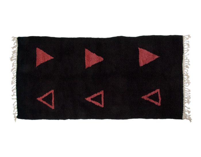 Tapijt Natuurlijk Materiaal : Nahit tapijt met meekrap rood ykon interiors handgeknoopte